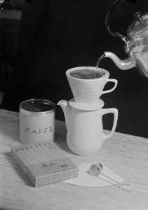 Reklamefoto for Melitta kaffefiltre og kaffefilterholder.