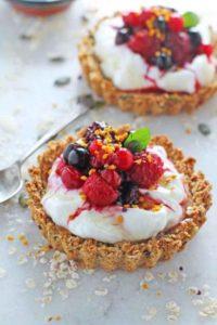 Granola-Crust-Breakfast-Tarts-Yogurt-Berries_007