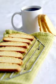 BASIC BISCOTTI (to dip in your tea)